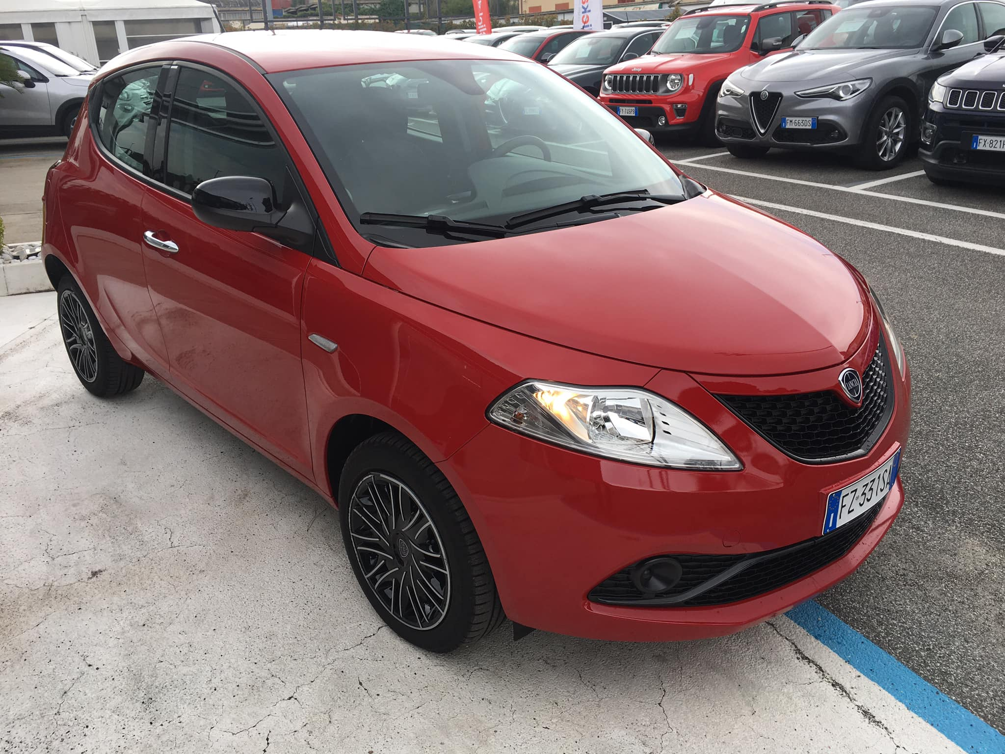 Acquista Lancia – Ypsilon